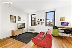 122 West Street, Apt. 4M, Greenpoint