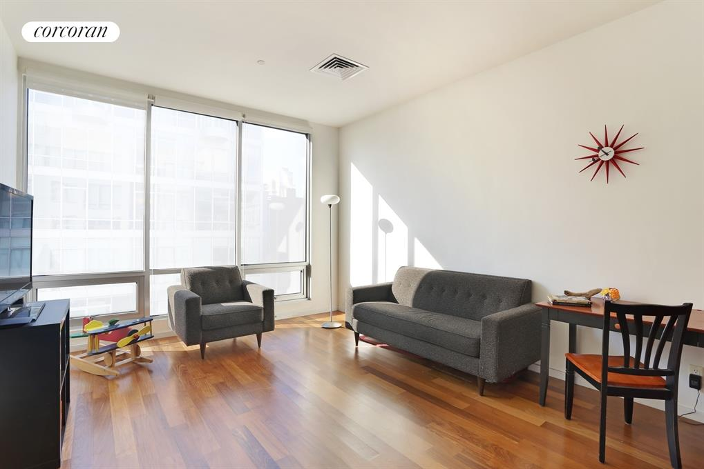 170 North 11th Street, 4A, Living Room