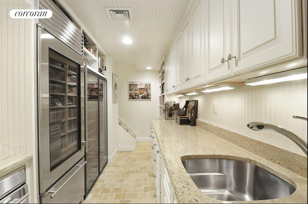 Butlers pantry / service kitchen