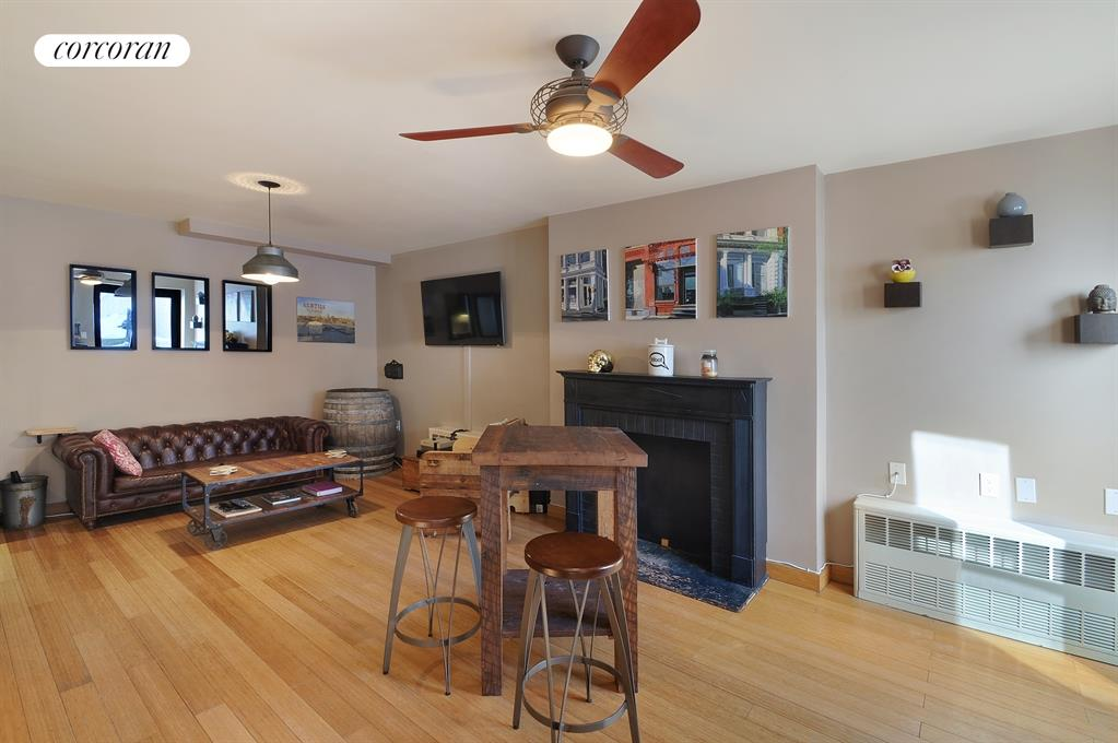 470 Washington Avenue, 2, Living Room