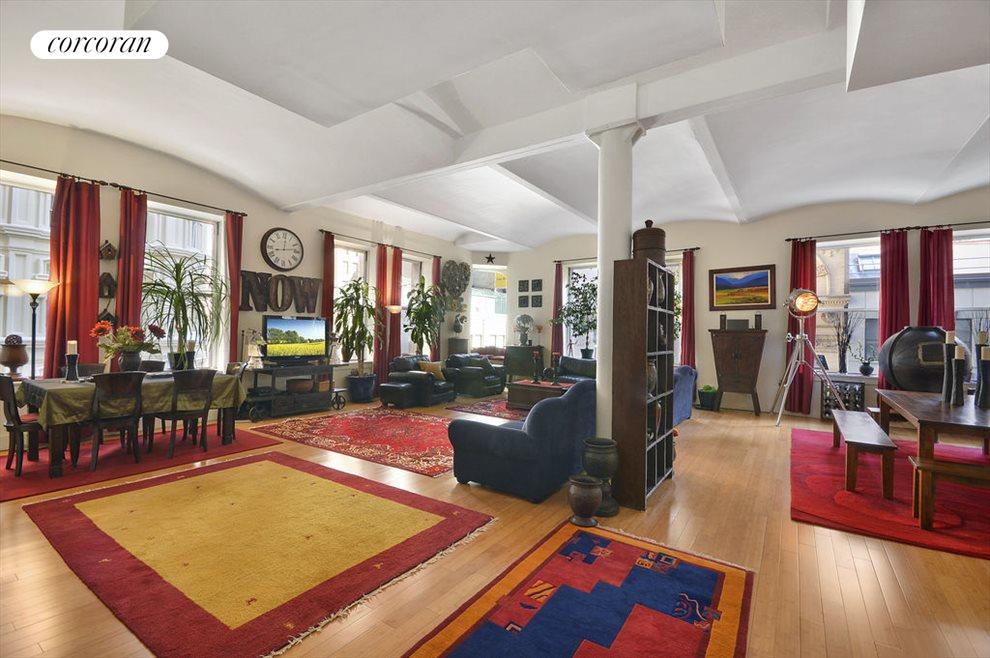 Massive living and entertaining space