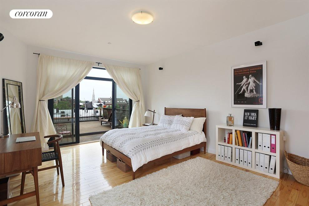 Master Bedroom & Private Terrace
