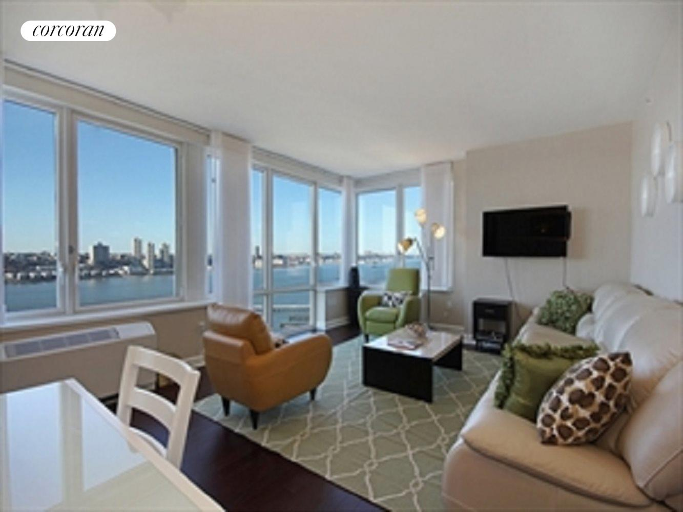 New York City Real Estate | View 80 Riverside Boulevard, 21A | 3 Beds, 3 Baths