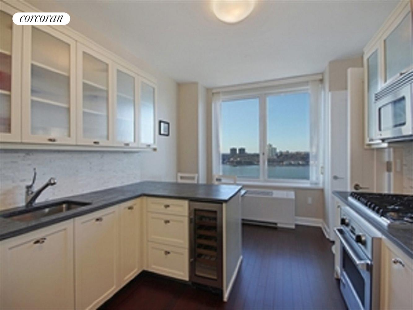 New York City Real Estate | View 80 Riverside Boulevard, 21A | room 1