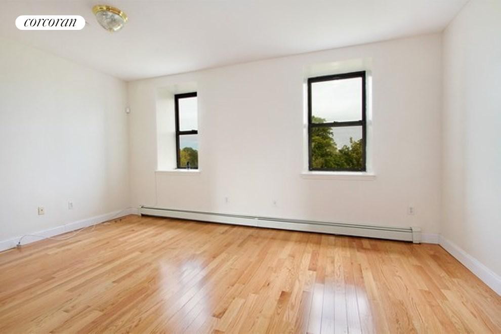722 Marcy Avenue, 4, Living Room