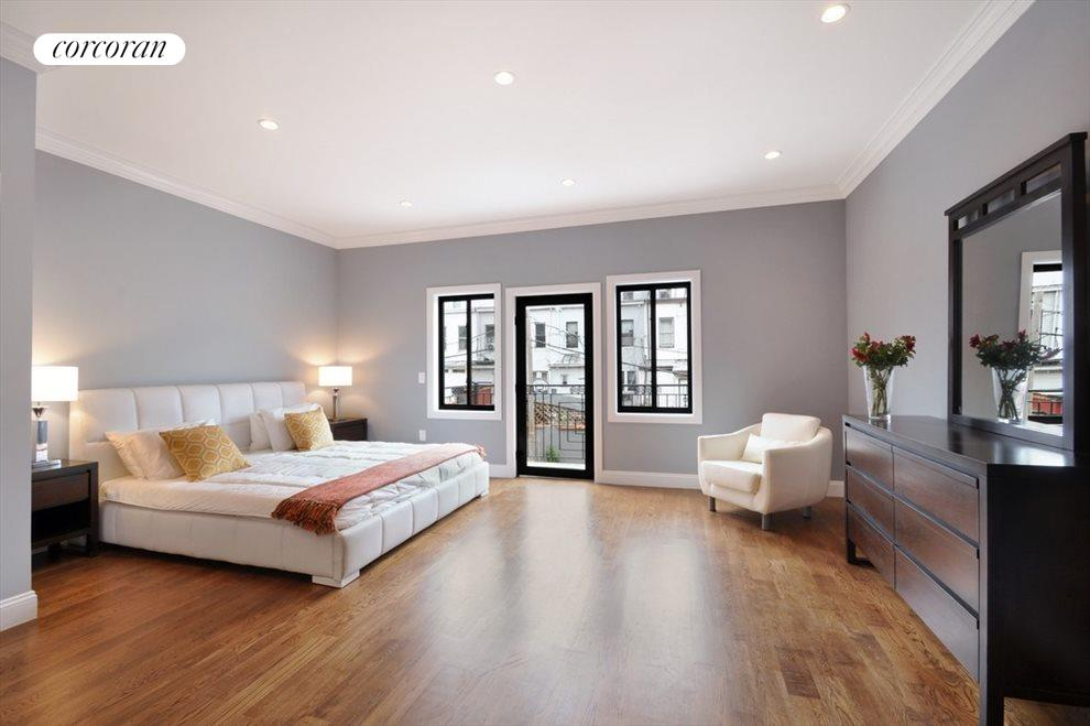 Master suite with balcony