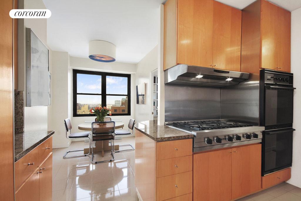 Corcoran, 60 East End Avenue, Apt. 25C, Upper East Side Real Estate ...