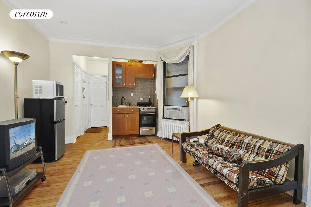 Corcoran 212 east 84th street apt 2a upper east side for Living room 86th st