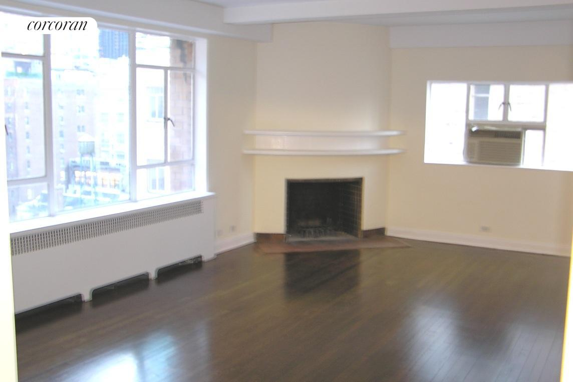 240 Central Park South, 17E, Living Room