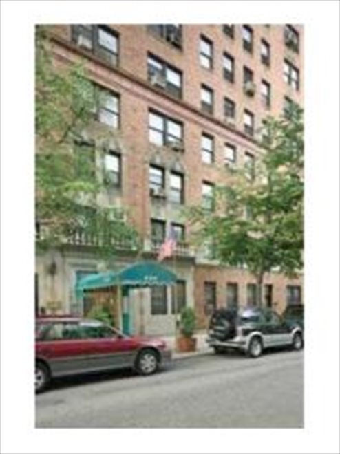 Prewar building right off of Third Avenue...