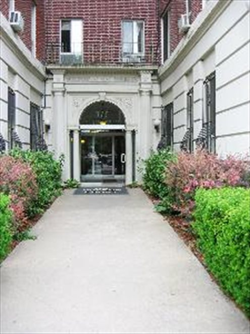 New York City Real Estate | View Eastern Parkway | room 12