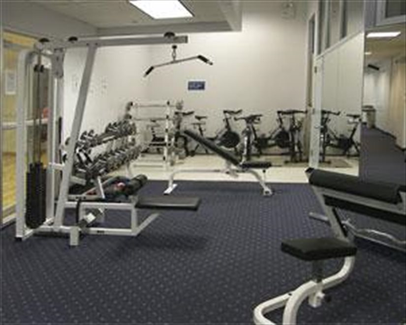 Recently renovated, fully outfitted health club