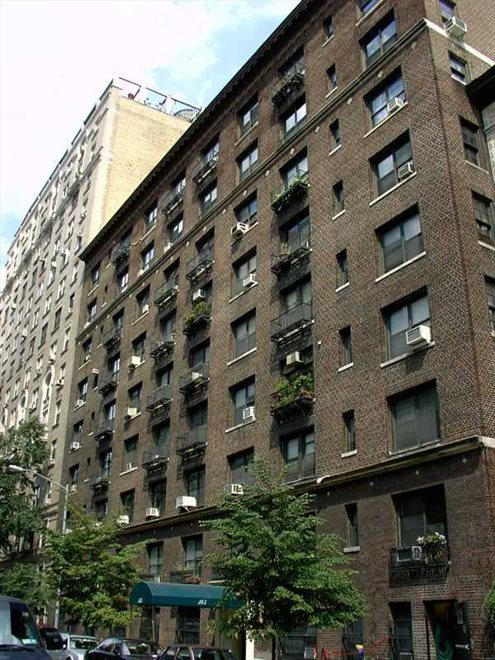 345 West 88th Street, 3G, Building Exterior