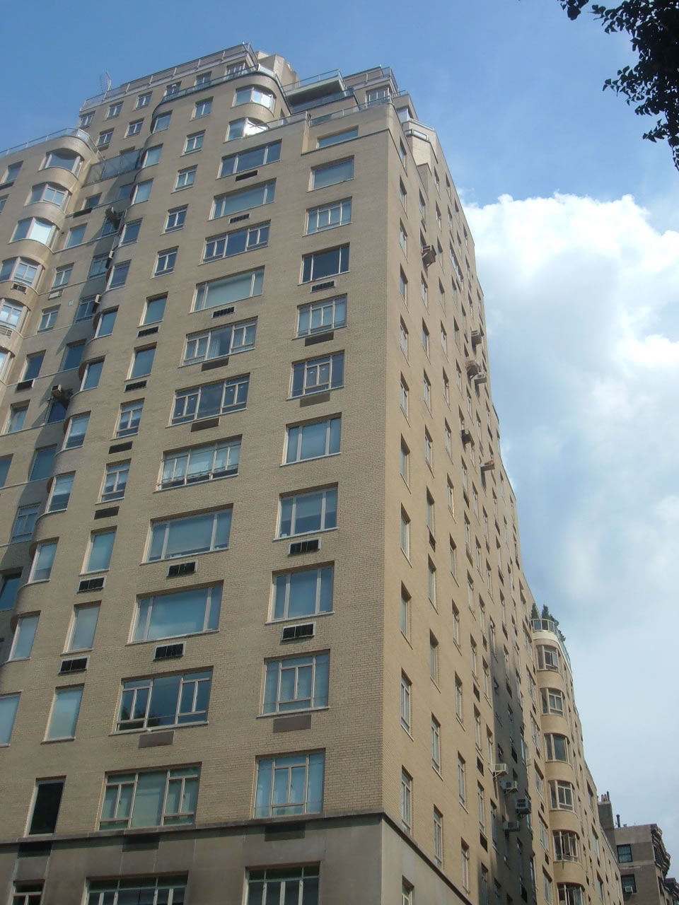 870 Fifth Avenue, 5F, 1