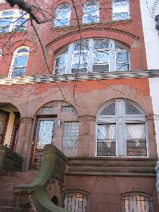 turn-of-the-century brownstone