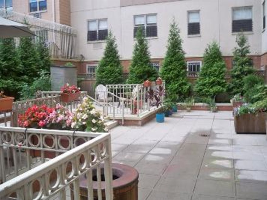 Common Court Yard South