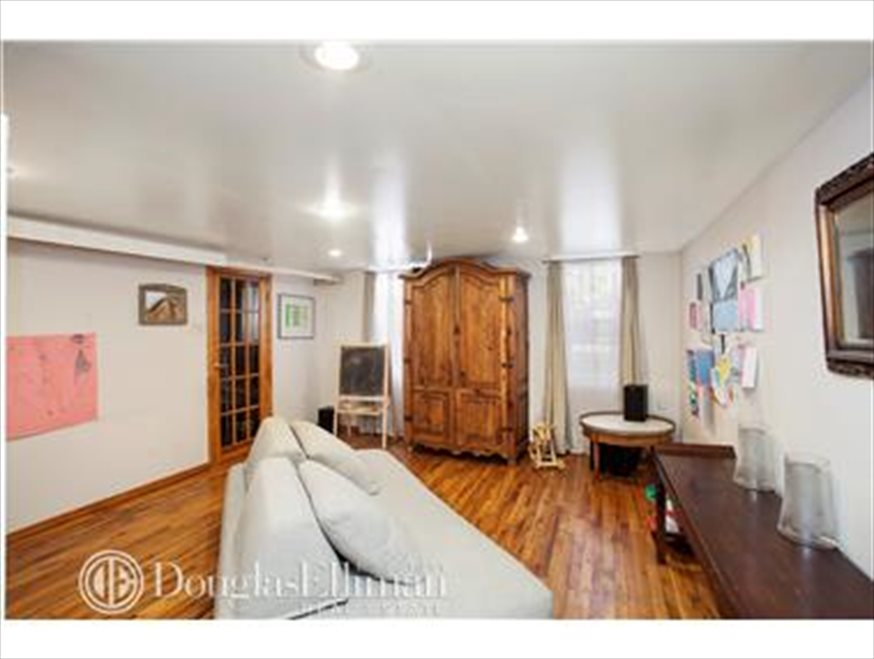 New York City Real Estate | View Freeman Street | room 2