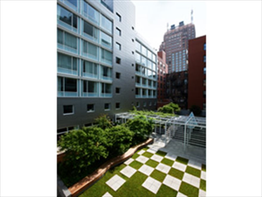 Soho Mews Apartment Building | View 311 West Broadway | Garden