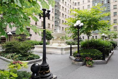 225 West 86th Street, 415, Common Courtyard