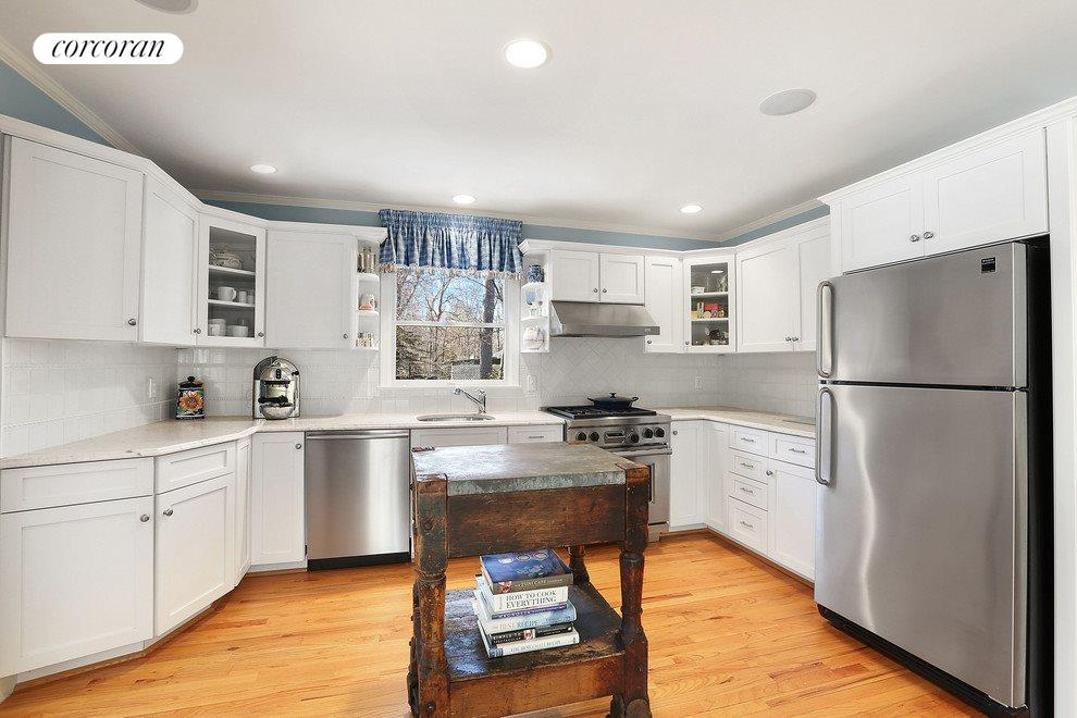 Sunny and spacious kitchen