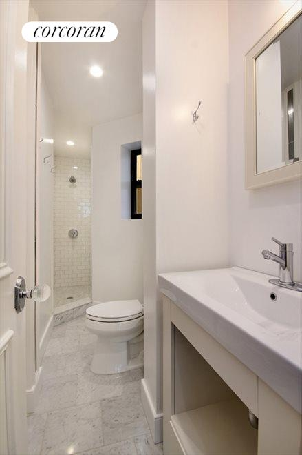 New York City Real Estate | View 851 Franklin Avenue, #2A | Bathroom