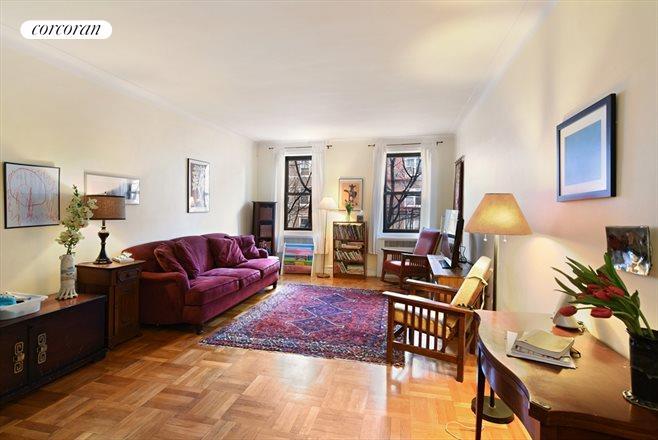 385 Argyle Road, 4C, West Facing, Open Living Room