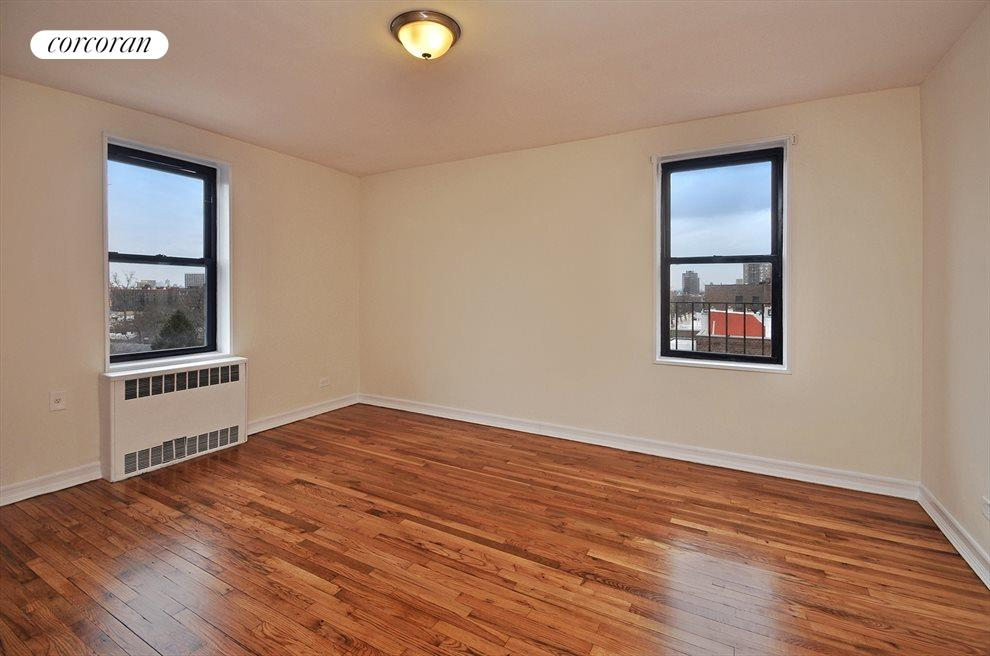 New York City Real Estate | View 144-11 Sanford Avenue, #2H | room 3