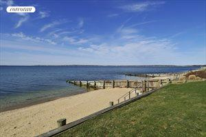 185 Watersedge Way, Southold