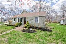 660 Mill Creek Dr, Southold