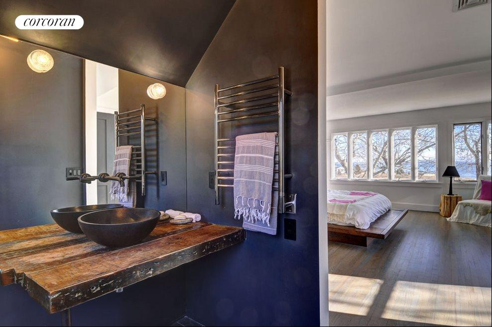 The Hamptons Real Estate | View 1503 Peconic Bay Blvd | Master Bath