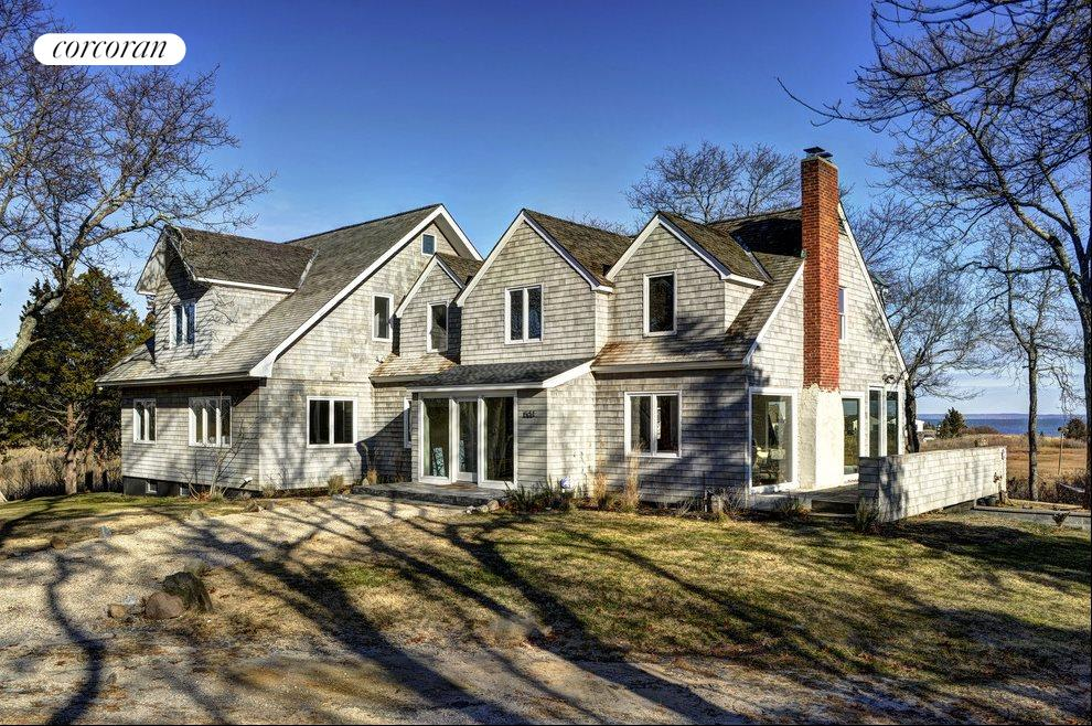 The Hamptons Real Estate | View 1503 Peconic Bay Blvd | Front View