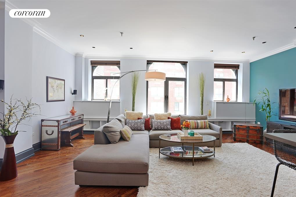 303 Greenwich Street, 4J, Living Room