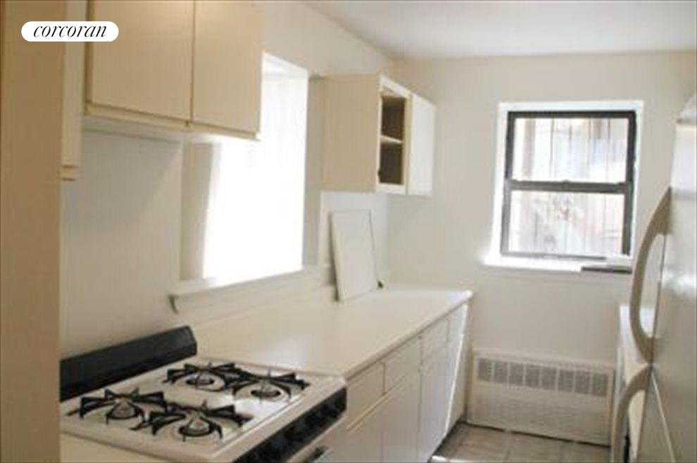 New York City Real Estate | View 315 Saint Johns Place, #1E | room 3