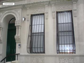 506 West 142nd Street, Building Exterior