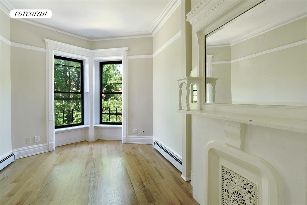 904 Greene Avenue, 2, Living Room / Dining Room