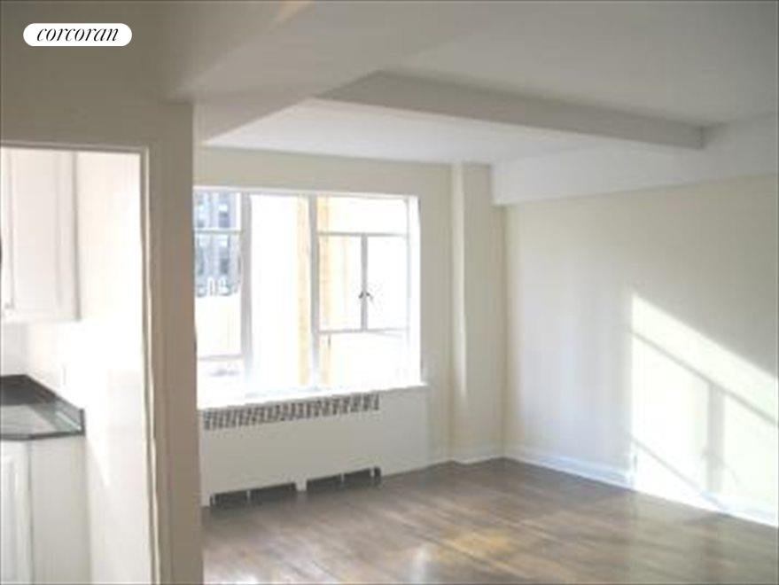 New York City Real Estate | View 240 Central Park South, #19D | room 4