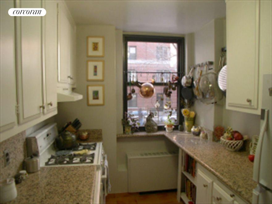 New York City Real Estate | View 420 East 51st Street, #2A | room 2