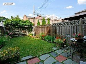179A 33rd Street, Large yard with room to garden and play