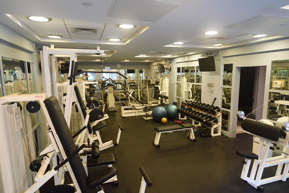 Large Gym, with Sauna & Steam Rooms - renovated