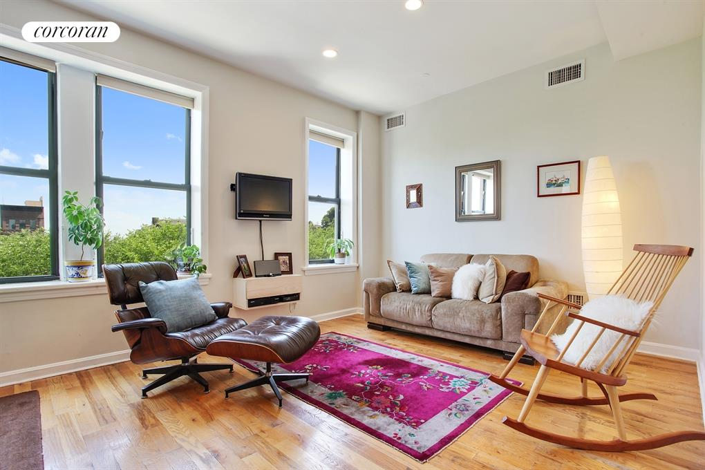 362 Eastern Parkway, 4B, 267 sf private deck...