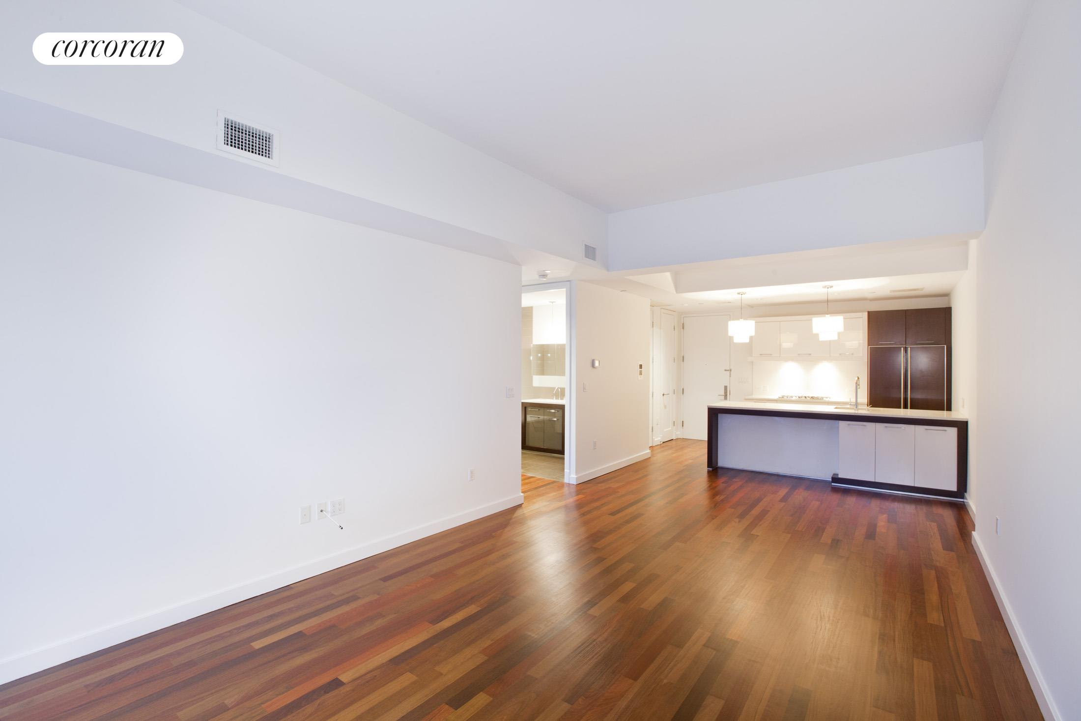 125 North 10th Street, S3I, Living Room