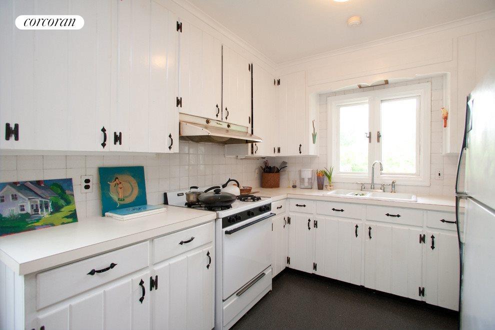 Efficient kitchen work area