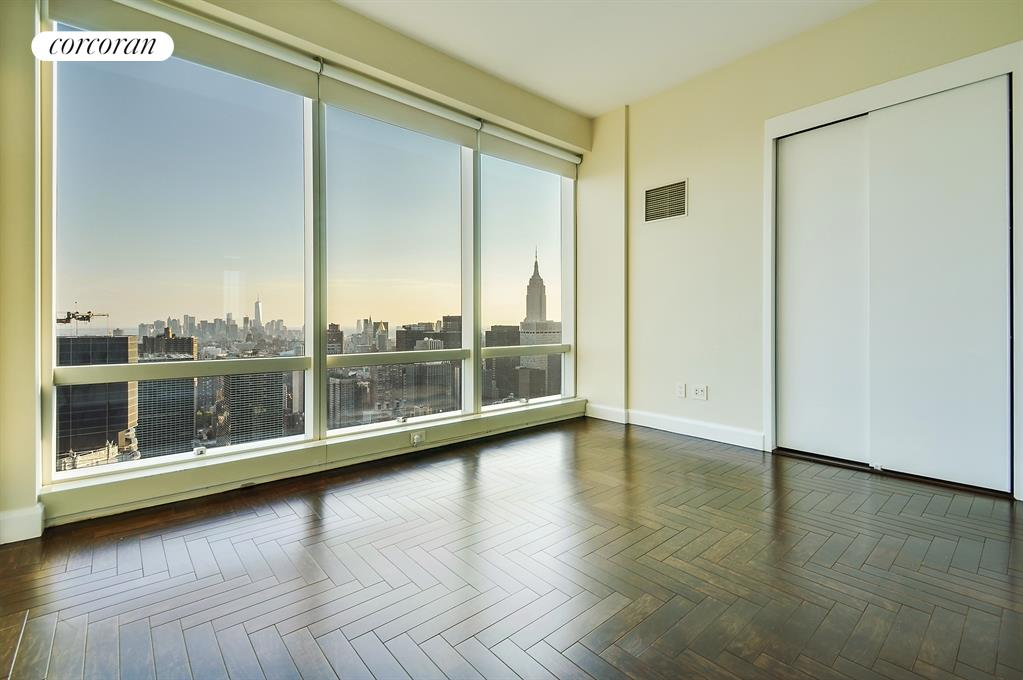845 United Nations Plaza, 59C, Living Room