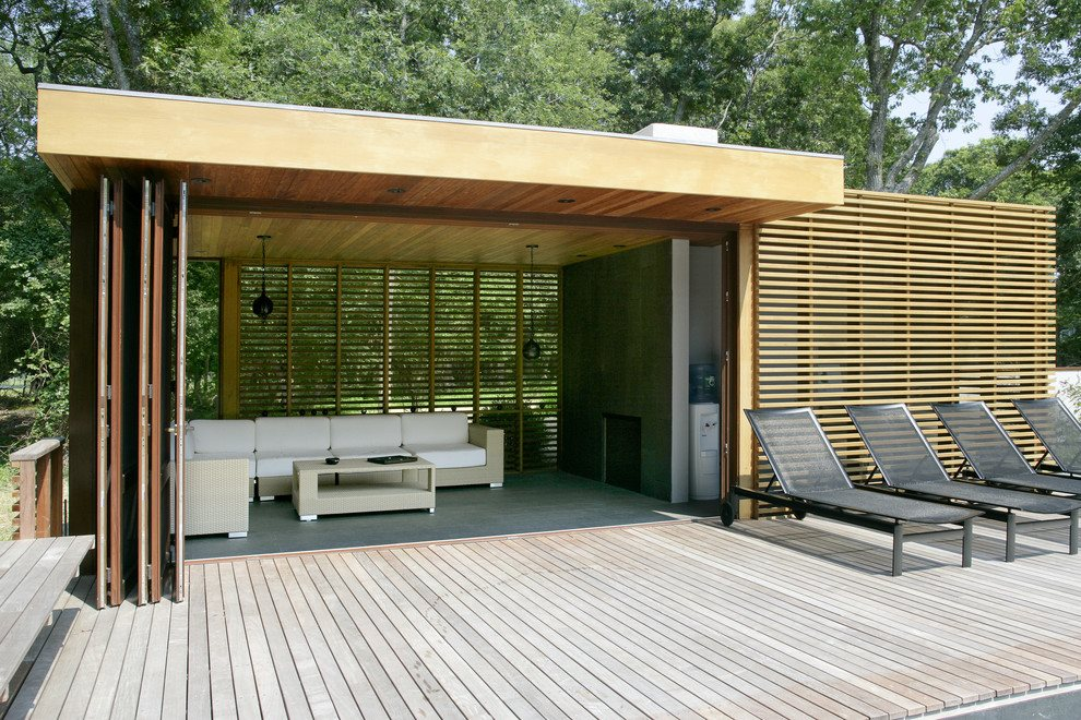 Pool house with fireplace, full bath and sauna
