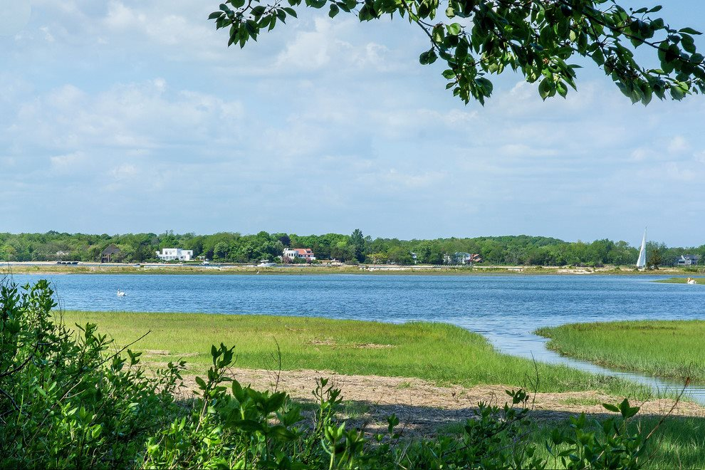 Waterviews on 2.4 acres