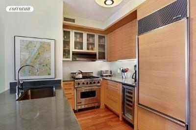 30 West Street, 24D, Kitchen
