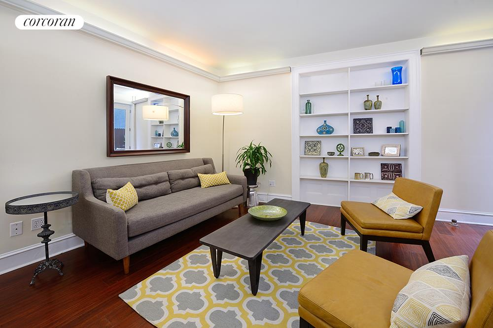 345 West 70th Street, 1F, Living Room
