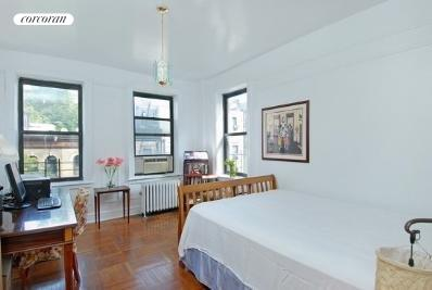807 Riverside Drive, 4B, Bedroom