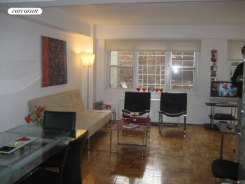 210 East 63rd Street, 1D, Bedroom