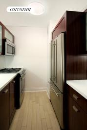 212 East 47th Street, 10G, Kitchen